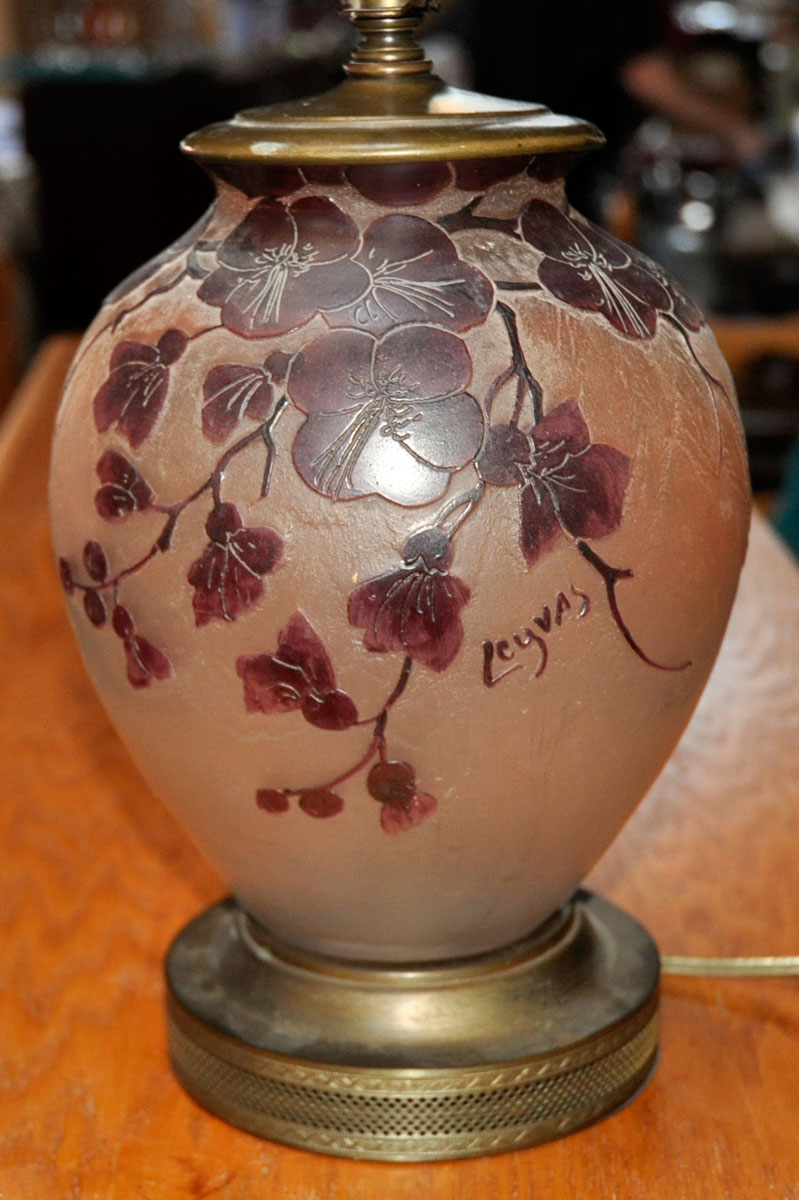 63 Pb Stunning Legras Cameo Glass Lamp